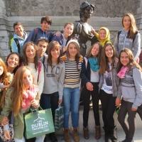 Estudiantes de inglés. Language Activities International